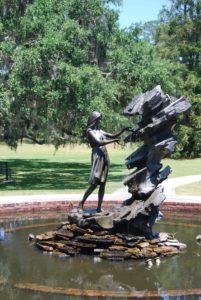 secret gardens woman statue article image
